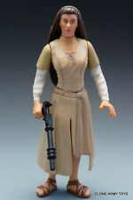 STAR WARS PRINCESS LEIA EWOK ENDOR POWER OF THE FORCE COLLECTION POTF2 LOOSE
