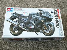 TAMIYA  KAWASAKI  ZZR 1400  1/12 Scale Detailed plastic Display Kit MPN 14111
