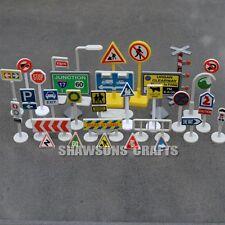 EDUCATIONAL TOYS TRAFFIC SIGNS SIGNALS MODELS SET OF 32 PCS LOT