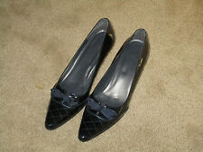 """Stuart Weitzman black patent pumps with bow detail, size 10N with 2.5"""" heel"""