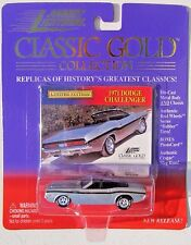 JOHNNY LIGHTNING R4 CLASSIC GOLD COLLECTION 1971 DODGE CHALLENGER R/T CONV