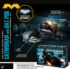 2014 Moebius Models Comic Con Exclusive 1/18 Scale Catwoman on Bat-Pod 2938