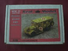 Phanomen Granit H25 Ambulance - SCALA 1:35 Real Model