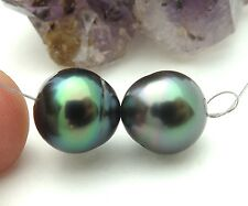 TAHITIAN AA ROBERT WAN BLACK PEACOCK 9.7 -9.8mm CULTURED PEARL PAIR