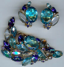 JULIANA STYLE VINTAGE PURPLE BLUE FACETED GLASS RHINESTONE PIN & EARRINGS SET