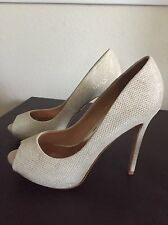 Badgley Mischka Ponderosa Diamond Bridal Platform Pump Heels Glitter 6.5 Latte