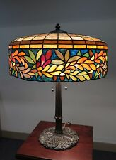 JOHN MORGAN LEADED GLASS ACORN & LEAVES TABLE LAMP, CIRCA 1920'S