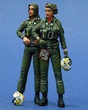 Legend 1/35 US Navy Woman Pilots Set (2 Figures) [Resin Model kit] LF0045