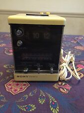 Sony digimatic TFM-C550W Vintage Flip Clock 13 Transistors Radio And Alarm