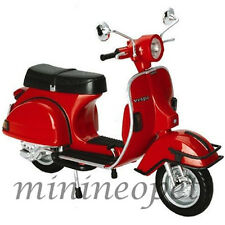 NEW RAY 42123 1978 VESPA P200E DEL 1/12 VINTAGE SCOOTER MOTORCYCLE RED