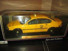 2000 chevy impala taxi cab yellow 1/18 maisto special edition