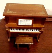 VINTAGE WOOD UPRIGHT PIANO JEWELRY MUSIC BOX PLAYS BEATLES YESTERDAY