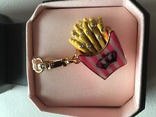 CHARM BRELOQUE JUICY COUTURE Frites French fries Dorée
