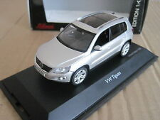 SCHUCO VOLKSWAGEN TIGUAN in SILVER 1:43 MODEL CAR
