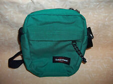 BORSA tracolla EASTPAK colore 55B KURLY WURLY GREEN  23x14x3cm   cod.9607