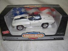 1/18 1967 WHITE CORVETTE L-88 W/O ANTENNA ORIGINAL ERTL DIECAST CAR-RARE EDITION