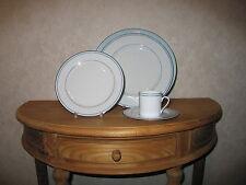 SOLOGNE DESHOULIERES *NEW* Bleu Glacier Set 3 Assiettes + 1 Tasse à café