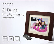 "Insignia 8"" Digital Photo Frame - Espresso Wood Finish NS-DPF08WW-16 In Box - UD"