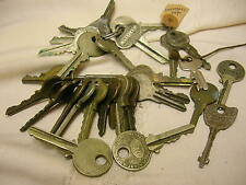 Lot of 30 Vintage Keys General Motors Eagle Corbin Master Lock Yale Keys
