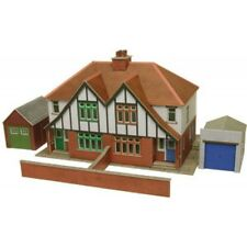 Metcalfe PO266 Pair of Semi Detached Houses - Pre Coloured Card Kit 00 Tracked48