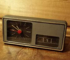 Vintage Minimalist Aachen Germany Table Clock  Manual Pull Out Calendar Battery