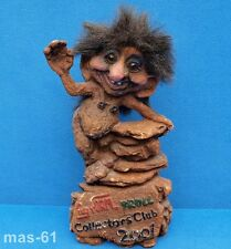 NY FORM TROLL COLLECTORS CLUB 2001 NORWAY FIGUR 24 CM PUPPE NORWEGEN