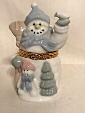 New Ceramic Snow Man Trinket Box With cushion to hold a gift =ring