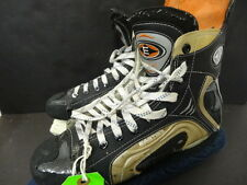 Brendan Witt Islanders Game Used Easton Synergy 1500C Skates Steiner 155734