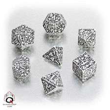 Q-workshop 7 Dice Set of White & Black Forest SFOR02