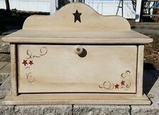 Amish Crafted Primitive Star Bread Box (Buttermilk). Lancaster, PA