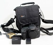 Canon EOS 7D 18.0 MP DSLR Camera Body WITH ONLY 3K SHUTTER COUNT