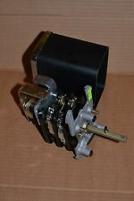 GE GENERAL ELECTRIC ROTARY SWITCH 16SB9BB3A12SUS2Y  TYPE SB-9 NEW