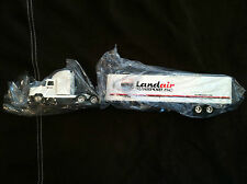 Ertl #3507 To46 LandAir Freightliner Cab with Detachable Trailer Kids 8+ NIB