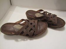 BORN Womens PEACE Brown Leather Slip on Slide Sandals Size 9 - NICE LOOKING!