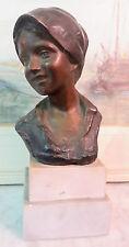 120410 Testa di fanciulla. Una statuina napoletana in bronzo