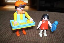 PLAYMOBIL  3307 CANDY MAN FIGURE  (1987)  WITH TRAY + CHILD