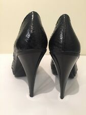 CALVIN KLEIN Pump Heel Shoe Fashion Show Leather Aligator Mary Jane 8 M 38 Black