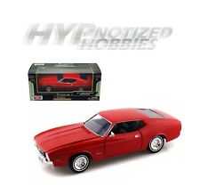 MOTOR MAX 1:24 1971 FORD MUSTANG SPORTSROOF DIE-CAST RED 73327