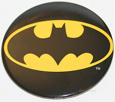 "NEW BIG 3"" DC COMICS BATMAN HERO BAT Symbol Signal Logo Button Pin Black Yellow"