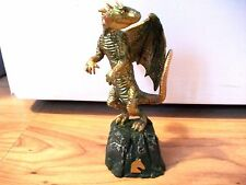 HARRY POTTER PLASTIC WINGED DRAGON FIGURE TOY WITH SOUND EFFECT - BATTERIES INCL
