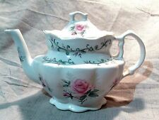 Beautiful! STAFFORDSHIRE ENGLAND ROYAL PATRICIAN Pink Roses TEAPOT Shabby Chic
