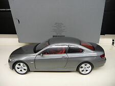 Kyosho 1:18 BMW 330i Coupe E92 grey Dealer Edition SHIPPING FREE WORLWIDE