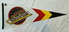 VANCOUVER CANUCKS Vintage Pennant NHL TRENCH 1988!!
