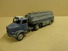 VINTAGE MARKLIN MADE IN GERMANY N° 27 / TANKER TRUCK ARAL