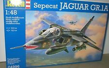 Jaguar GR.1A de 41 o 54 Sqn RAF Coltishall armas y tanques. Revell 1/48th Kit