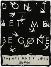 "21 Twenty One Pilots ""Don't Let Me Be Gone"" Plush And Comfy Throw Blanket"