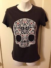 Goth Women's Loungefly Day Of The Dead Sugar Skull Print Gray Baby Tee Med