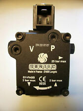 Suntec - Oil burner pump mit Square AL 35 C 9540 oil Pumpe