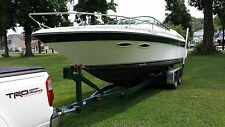 Sea Ray 260 CC  Excellent condition inside and out.