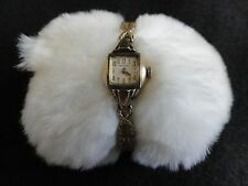 Vintage Benrus Wind Up Ladies Watch with a Stretch Band - Problem
